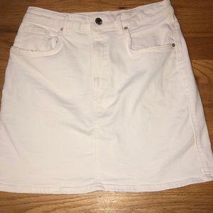 Zara 5 pocket White Denim Skirt Medium
